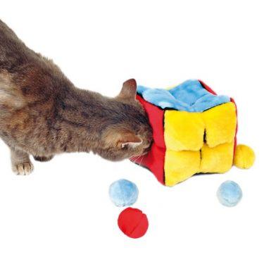 Trixie Plush Cube with Balls